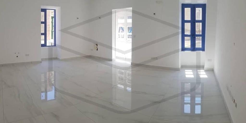 Penthouse – P000204085 – Sliema