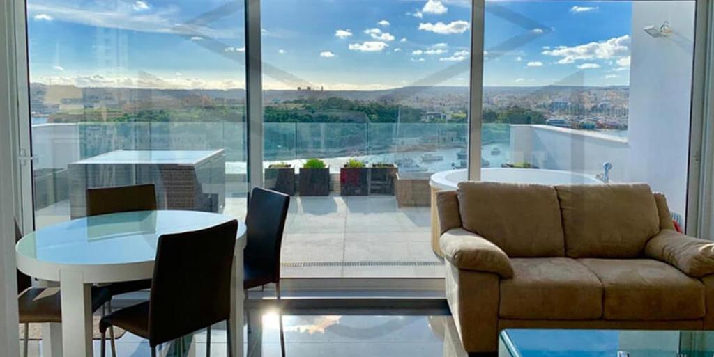 Penthouse – P000211464 – Sliema
