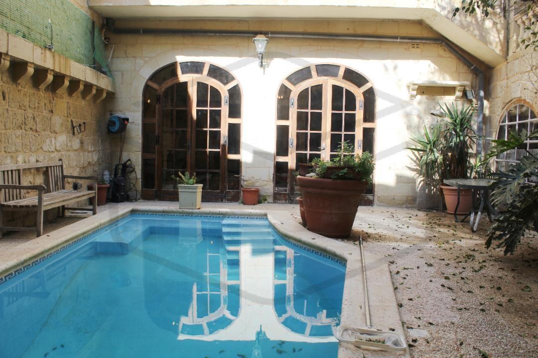 House of character-P000212472-Rabat