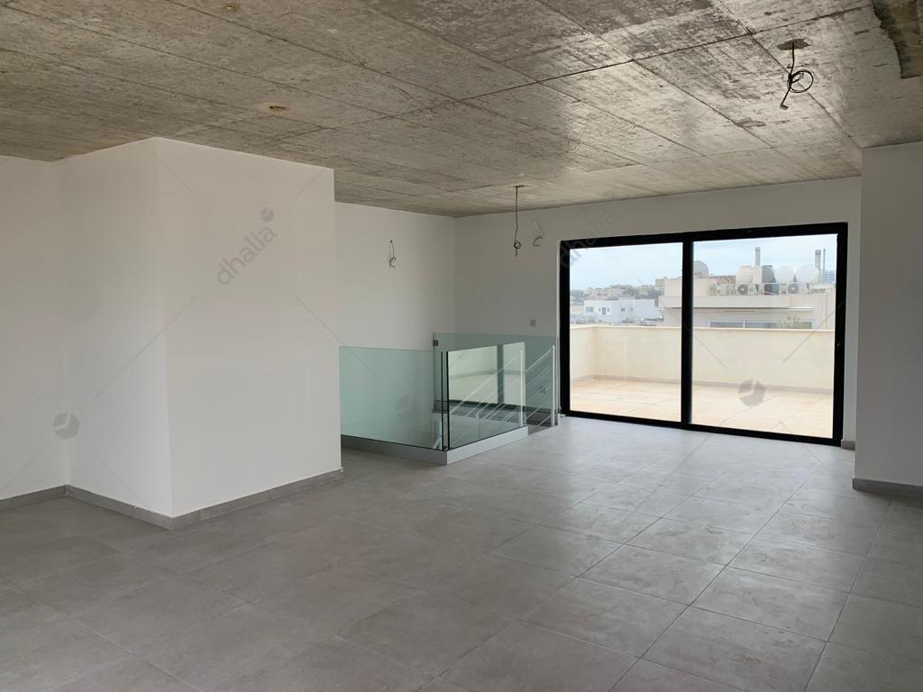 Penthouse – P000228302 – Swieqi